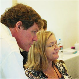 PowerPoint expert Robert Lane assisting a client